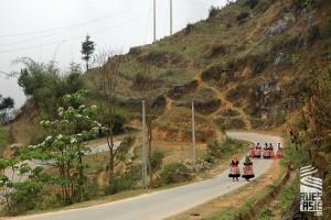 Bac-Ha-voyage-a-moto-en-petit-groupe-au-vietnam