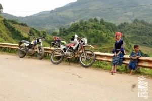 Mu-Cang-Chai-voyage-a-moto-en-petit-groupe-au-vietnam-29