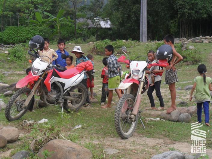 Nghia-Lo-voyage-a-moto-au-vietnam-2