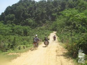 Voyage à moto dans la réserve de Ngoc Son Ngo Luong au VIetnam