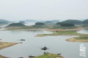 Lac Thac Ba, voyage à moto en groupe au Vietnam