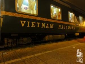 Lao-Cai-train-voyage-a-moto-au-vietnam
