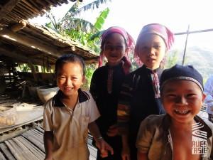 Lolo-noirs-Bao-Lac-voyage-a-moto-au-vietnam